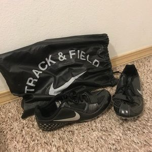 Nike unisex track shoes